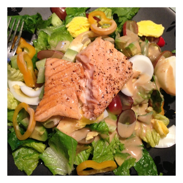 ... with egg, sweet peppers, grapes, avocado, salmon and miso dressing