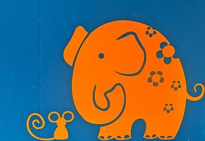 mouse & elephant wall art revamphomegoodsblogspotcom @Chy Hoss