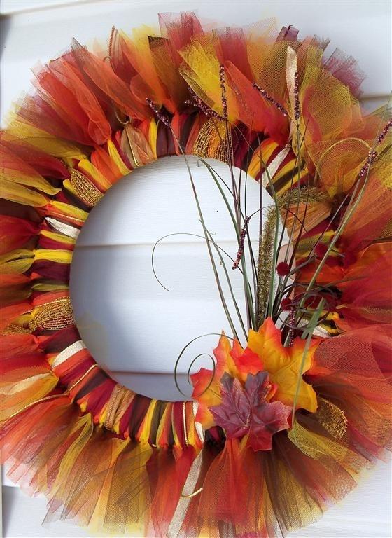 Autumn fall tulle wreath diy crafty time pinterest