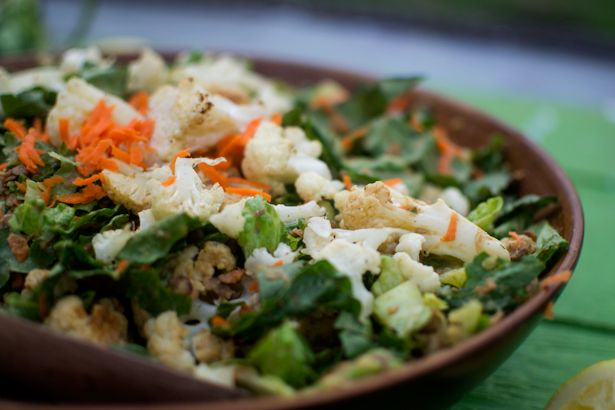 roasted cauliflower & lentil salad with lemon dill dressing // bring ...