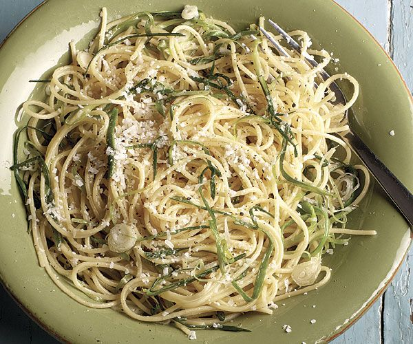 Spaghetti with Green Garlic and Olive Oil | Recipe