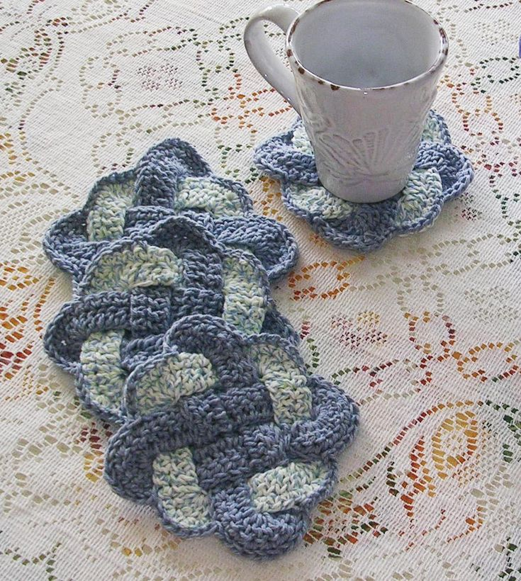 Crochet Knot : Crochet Coaster Set - Celtic Knots - Infinity Knot Coasters