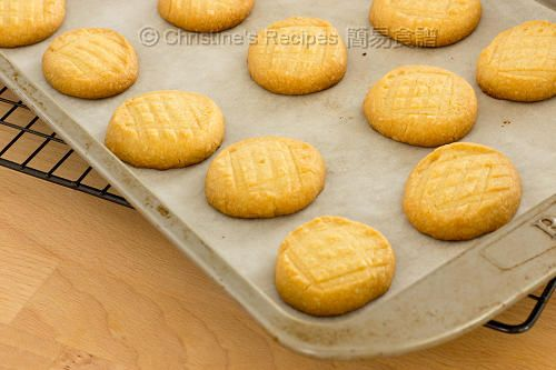 Butter Cookies (Melt-in-mouth Goodies) - Christine's Recipes: Easy ...