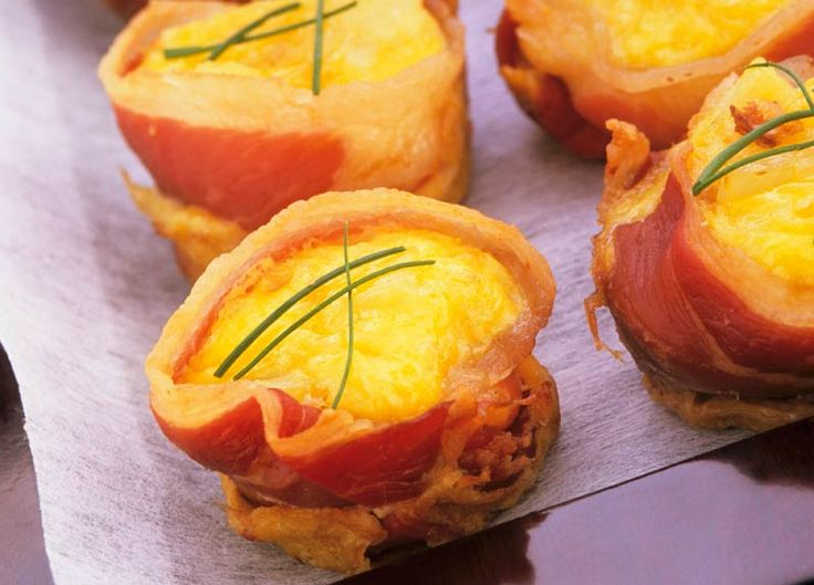 Starbucks | Reimagine A Classic, Bacon-wrapped Baked Eggs with Polenta
