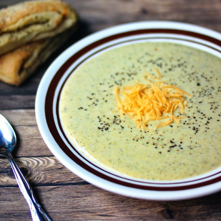 Broccoli Cheddar Beer Soup | No Soup for You! ONE YEAR!! | Pinterest