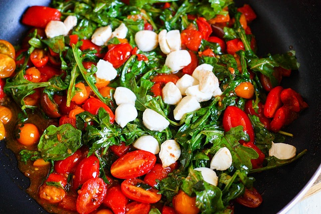 TK Blog smoky tomato, roasted red pepper and arugula pasta 06 by Ree ...