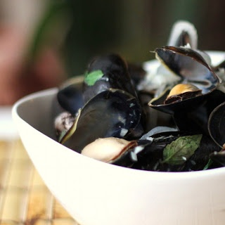 Sake-Steamed Mussels | Recipes to try NOW! | Pinterest
