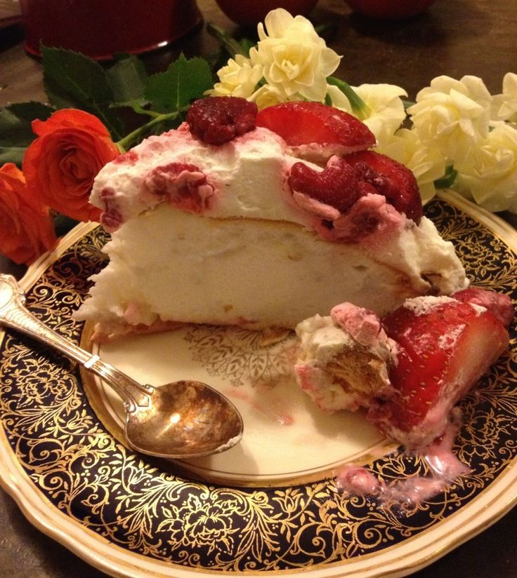 The Perfect Pavlova. Follow the link, a punnet must be a small plastic ...