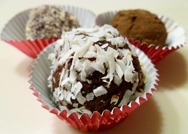 Bittersweet Chocolate Truffles | Truffles | Pinterest