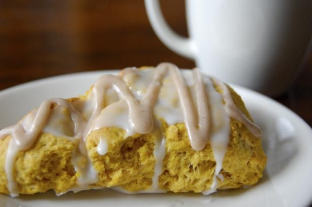 Starbucks Pumpkin Scones. Sadly, no nutritional value shown for these ...