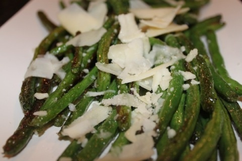 roasted parmesan green beans | yummy. | Pinterest