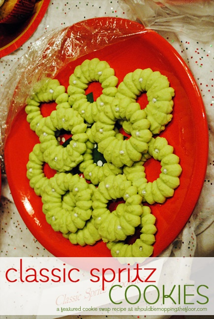 Classic Spritz Cookies {with printable recipe card}, #HolidayBaking, # ...