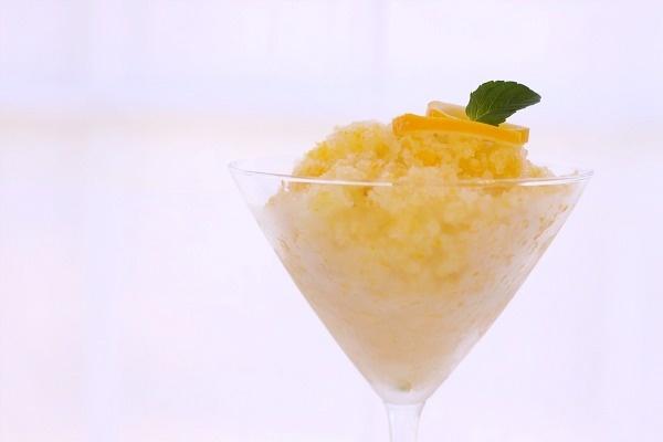 Meyer Lemon Granita 4 Meyer lemons 1/3 cup sugar 1/3 cup water