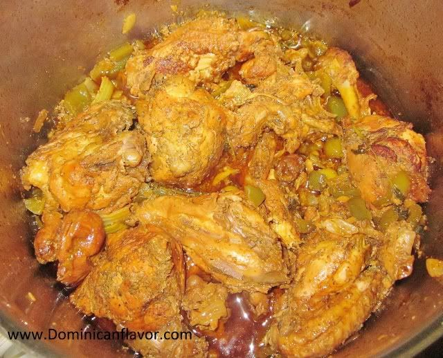 Dominican style Stewed Chicken/Pollo Guisado estilo Dominicano ...