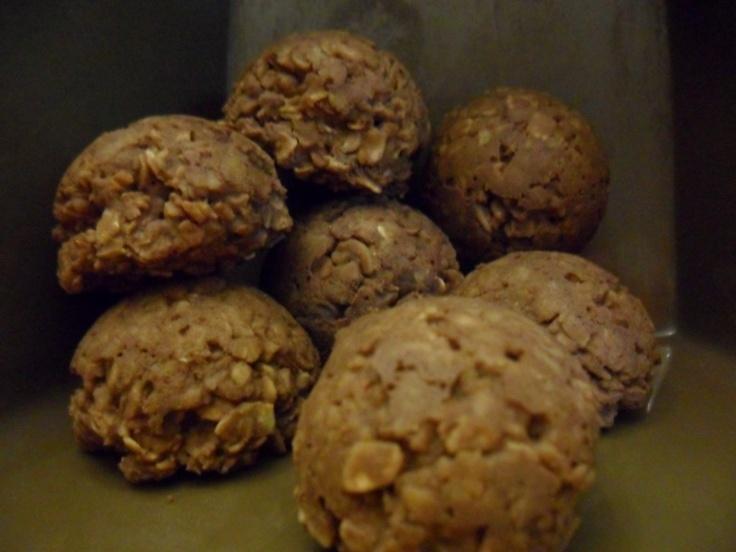 fudgy bourbon balls fudgy rum balls and no bake nutella oat cookies ...