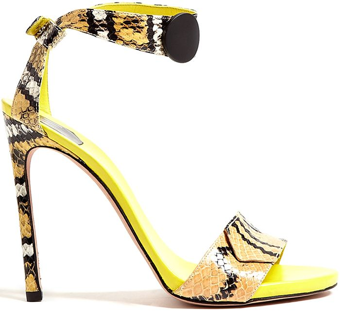 SW1......Stuart Weitzman's debuts new collection...