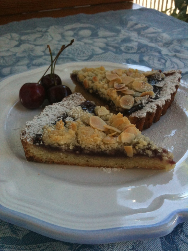... almond crumble almond crumble sour cherry pie with almond crumble
