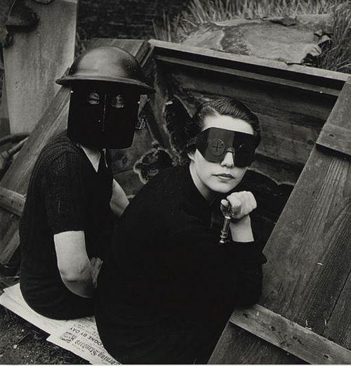 vialuzfosca&missfolly:           'Women Firewatchers' by Lee Miller for British Vogue, 1940
