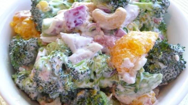 Broccoli Salad With Mandarin Oranges and Cashews