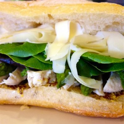 Fermier Sandwich:Marinated lemon and lime chicken breast, balsamic ...