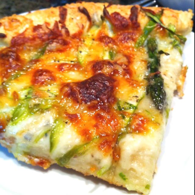 pizza caramelized onion and gorgonzola pizza granny smith apple and ...
