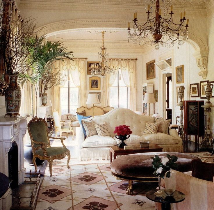 Richard keith langham 39 s new orleans home 39 casa bravura 39 house beautiful october 2000 new - New orleans home decor stores property ...