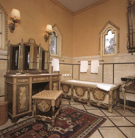 Hearst castle bathroom great baths pinterest for Bathrooms in castles