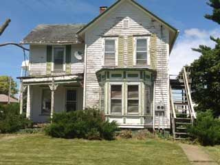 Pin by j on folk victorian farmhouses pinterest for Front door hennepin county