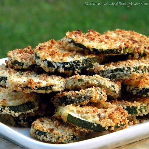 Oven Fried Zucchini Chips w/Basil Dipping Sauce. Zucchini rounds ...
