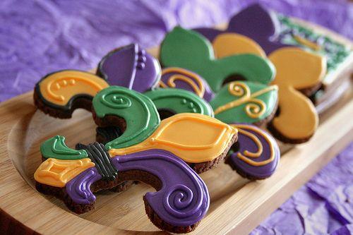 Fleur de Lis Mardi Gras cookies