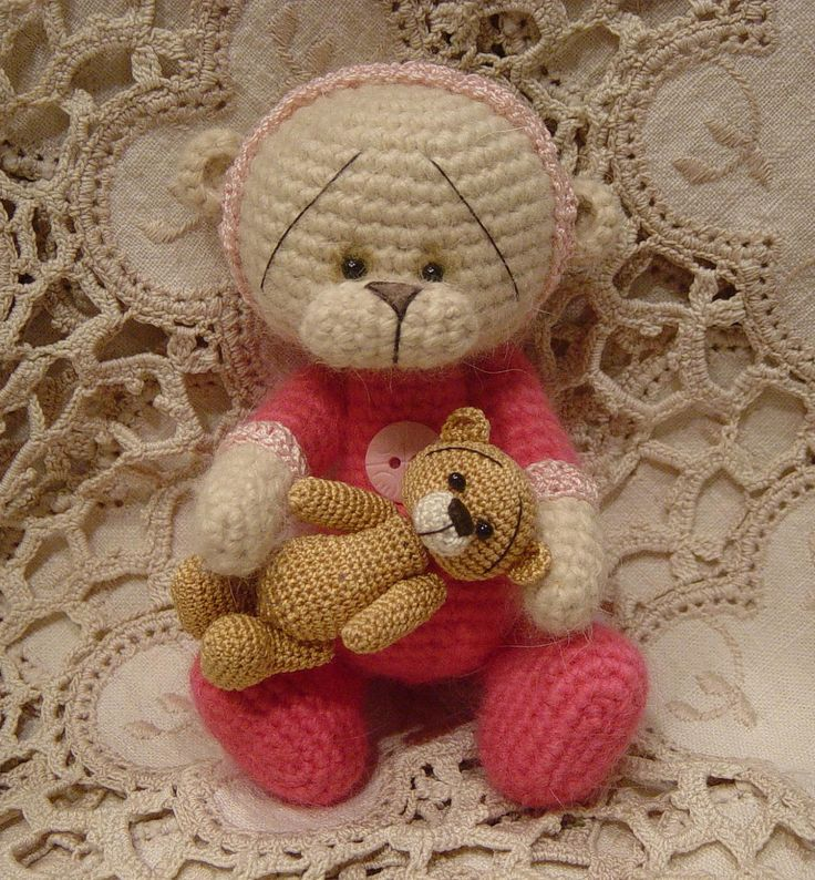 Free Crochet Mini Teddy Bear Pattern : Crochet thread artist PATTERN teddy bear set mini ...