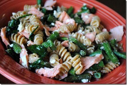 Salmon pasta: pasta, salmon, spinach, green beans (asparagus ...