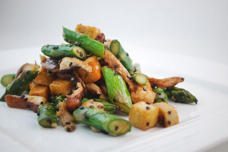 Sautéed Asparagus and Tofu | Fitness Recipes | Pinterest
