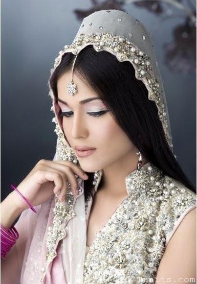 Bridal Makeup Model Images : Pin by Sana Sky on PAKISTANI STYLE Pinterest