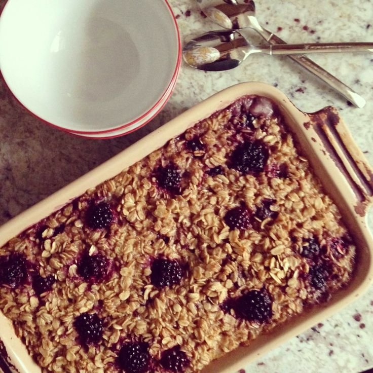 Vanilla Garlic: Never Enough: Baked Blackberry-Banana Oatmeal