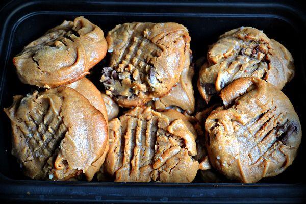 Flourless peanut butter & honey cookies | Sweet Cravings | Pinterest