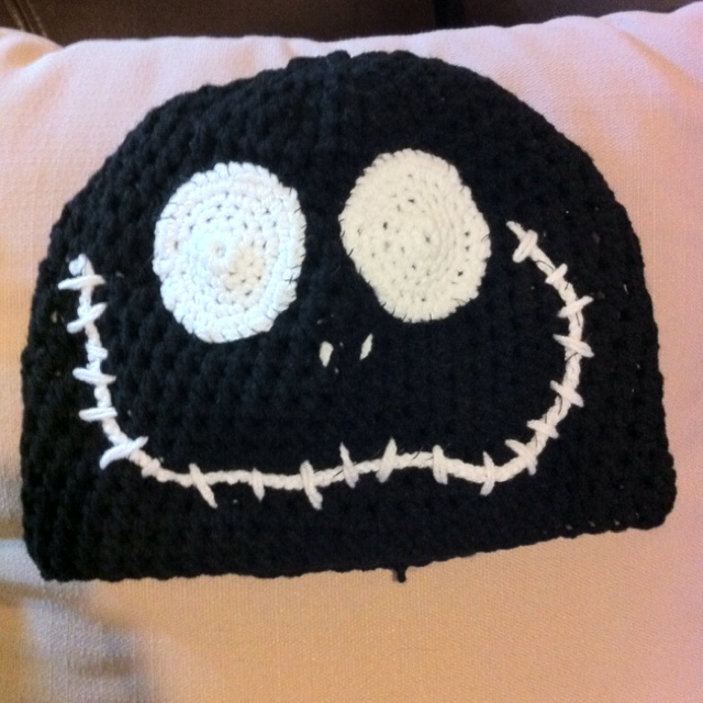 Crochet Pattern For Jack Skellington Hat : Pin by Arianna Contreras on Crochet beanies Pinterest