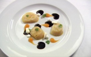 . Curried Scallops with Black Olive, Almond, Apricot and Lime sauces ...