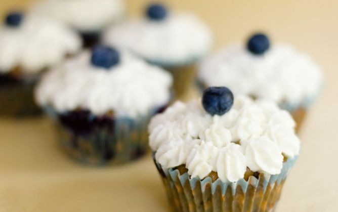 Blueberry Chocolate Chunk Cupcakes | Recipes: Cookies | Pinterest