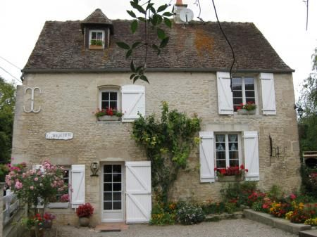 Three bed stone house in Trun, Normandy, France