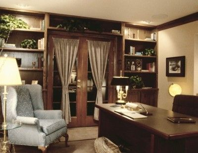 Executive office Style