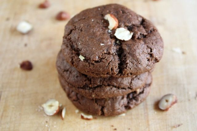 Chocolate hazelnut cookies by Completely Delicious, mae them yesterday ...