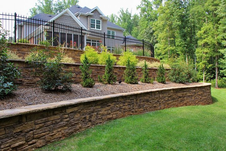 Landscaping Ideas For Backyard With Retaining Wall : landscapes