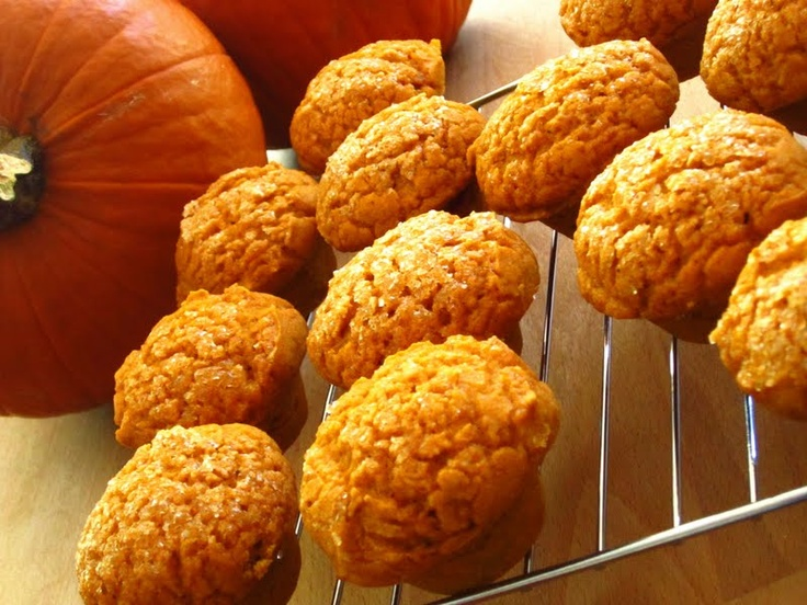 Gluten Free Pumpkin Muffins-too much sugar for me, but otherwise-good!