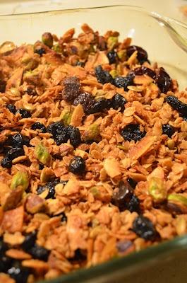 amour fou(d): eleven madison park granola. My favorite granola...made ...