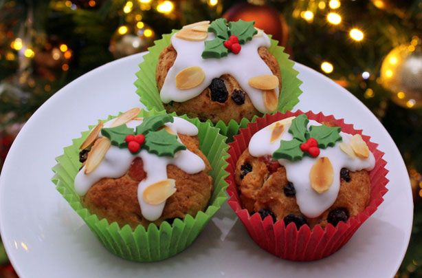 Christmas Stollen Cupcakes - A Christmas Classic ...