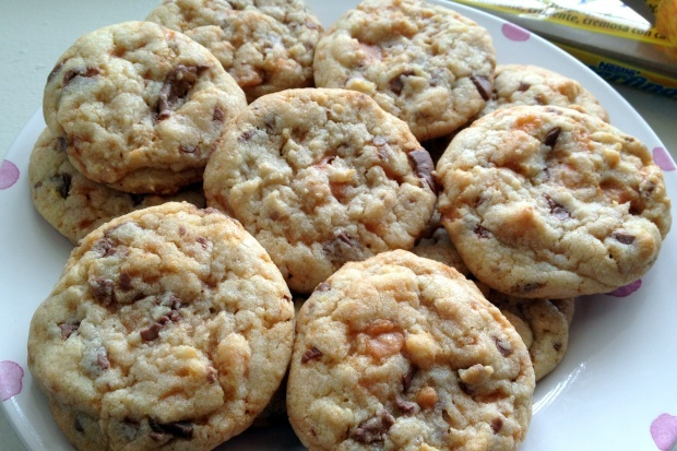 Chewy Butterfinger Cookies, mmmm