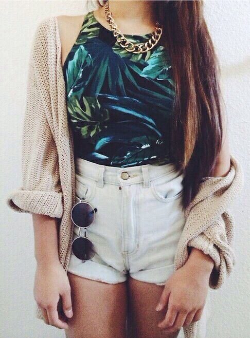 crop top, shorts and cardigan
