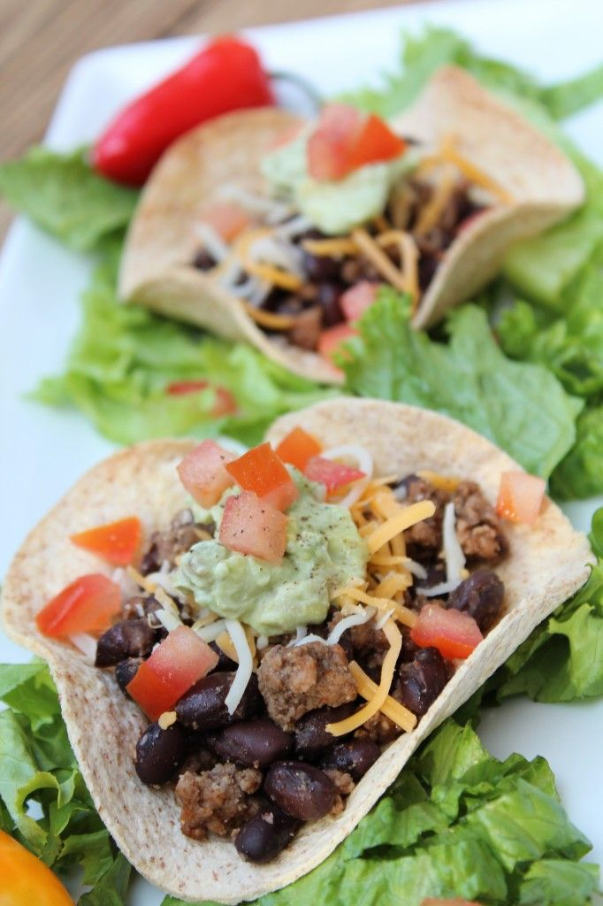 Mini Mexican Pizzas @Pidge's Pantry | Better for You Food | Pinterest