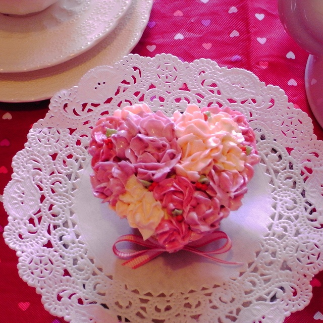 Heart shaped rose bouquet cupcake by bittle, via Flickr